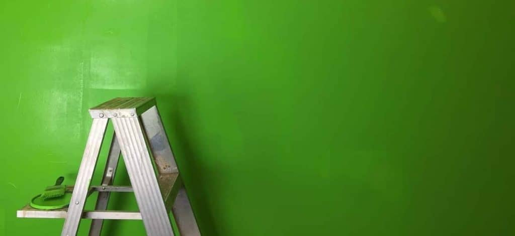 Be Renovative - green painted wall, helping to make house / apartment renovation simple, practical and fun