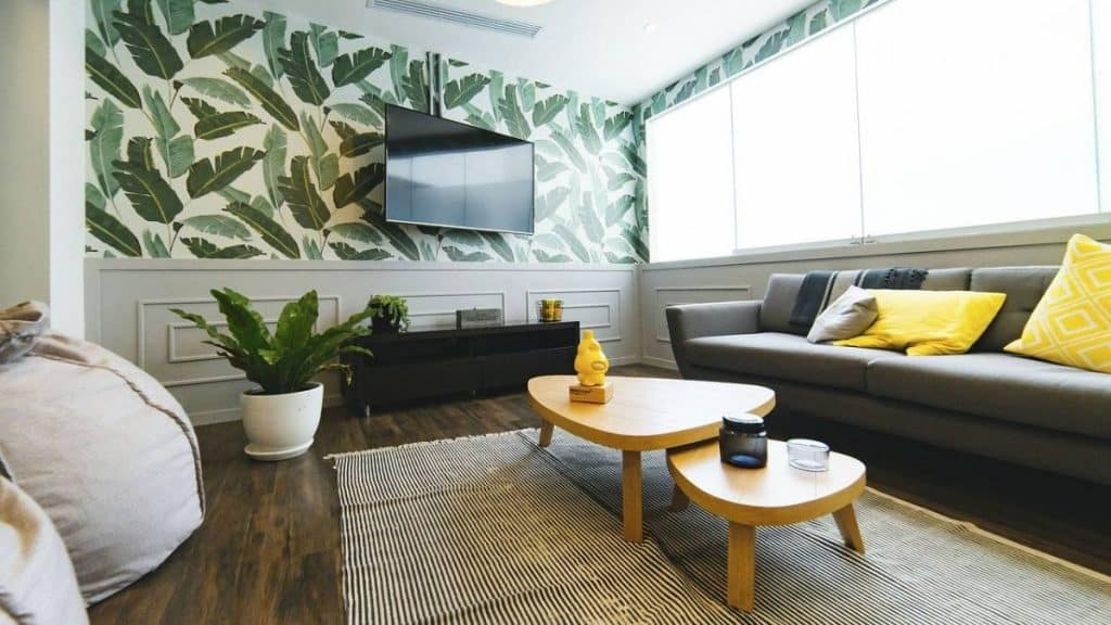 Be Renovative - TV living room, helping to make house / apartment renovation simple, practical and fun